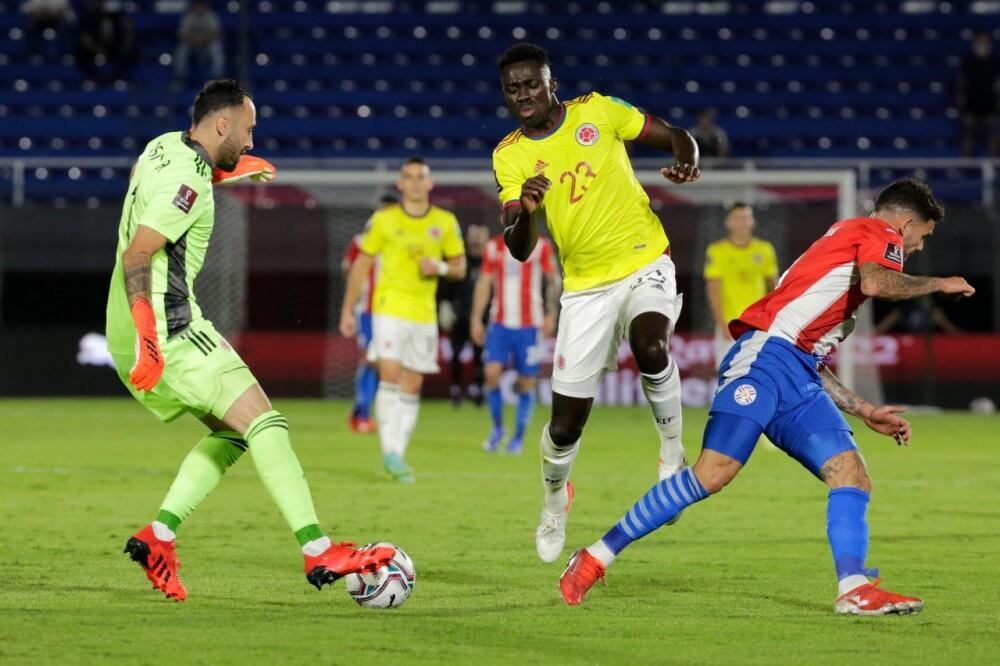 David Ospina y Dávinson Sánchez, en juego con la Selección Colombia