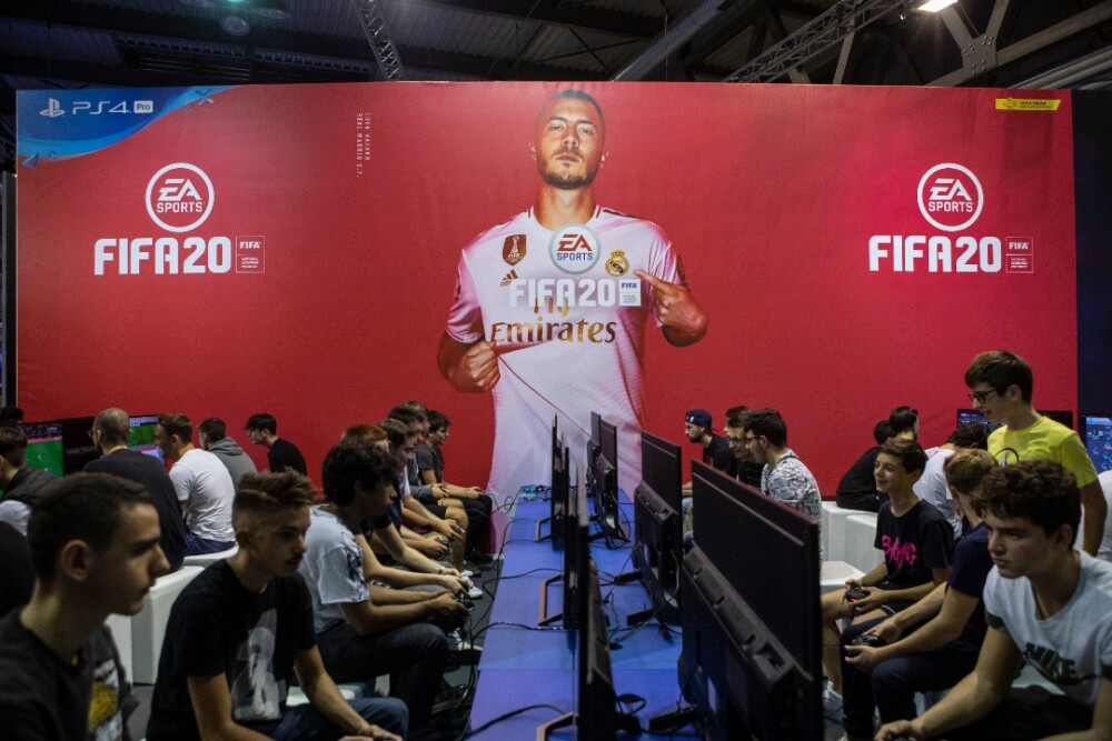 Gamers FIFA20 030920 Getty Images e.jpg