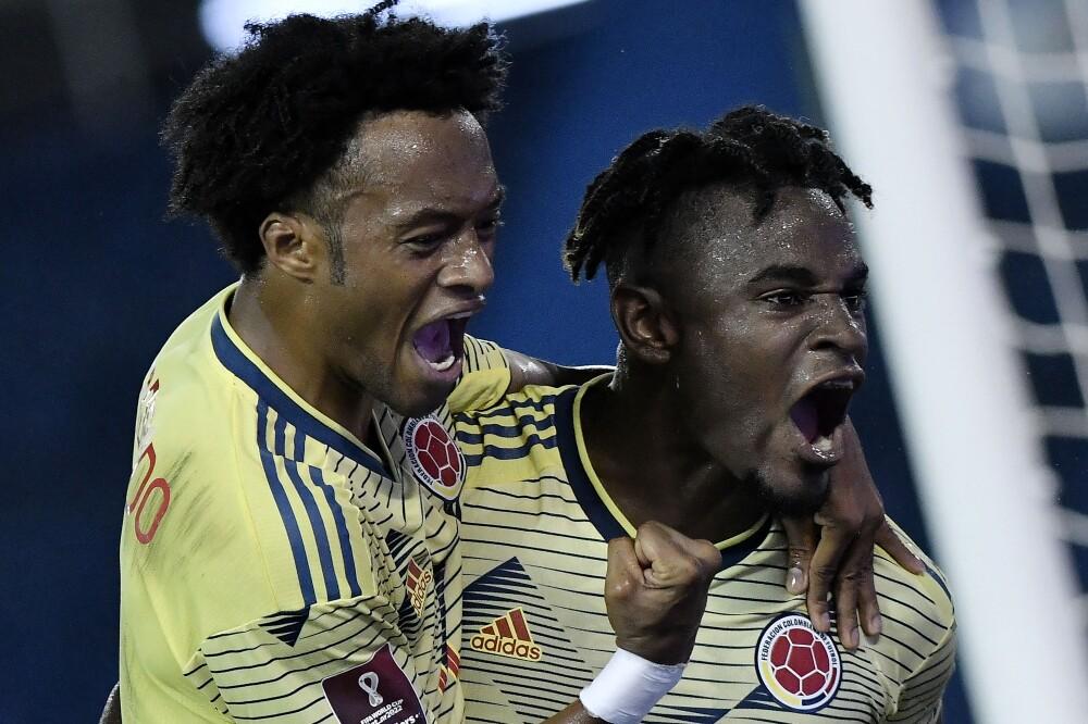 Juan Guillermo Cuadrado y Duván Zapata, en la Selección Colombia