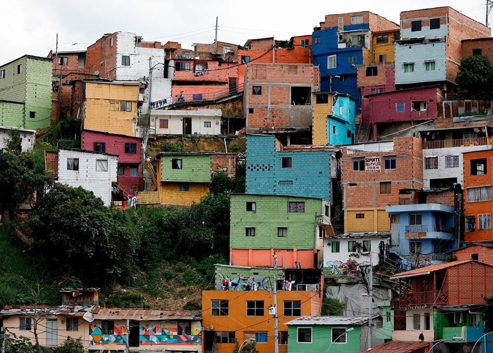 283867_BLU Radio. Comunas Medellín / Foto: AFP