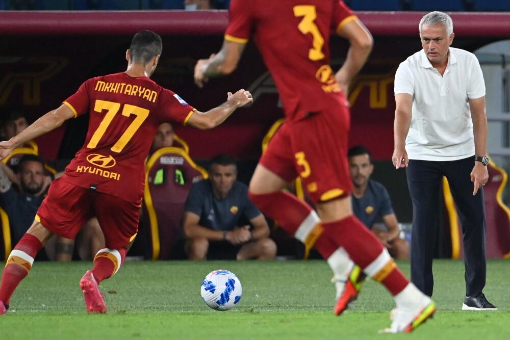 José Mourinho, entrenador de la Roma.