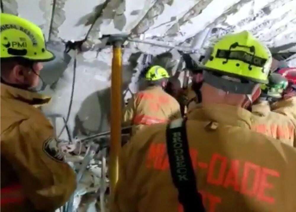 Rescate en edificio que colapsó en Miami Foto AFP.jpg