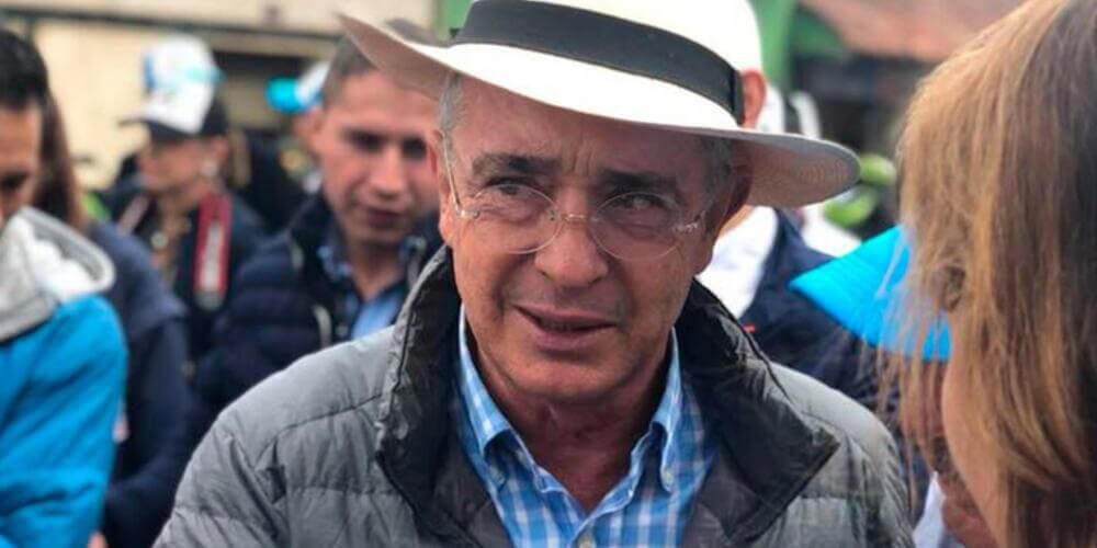 366455_Álvaro Uribe / Foto / Facebook