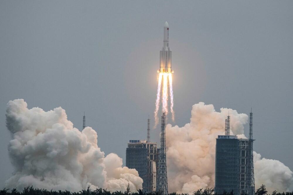 Cohete Long March 5B