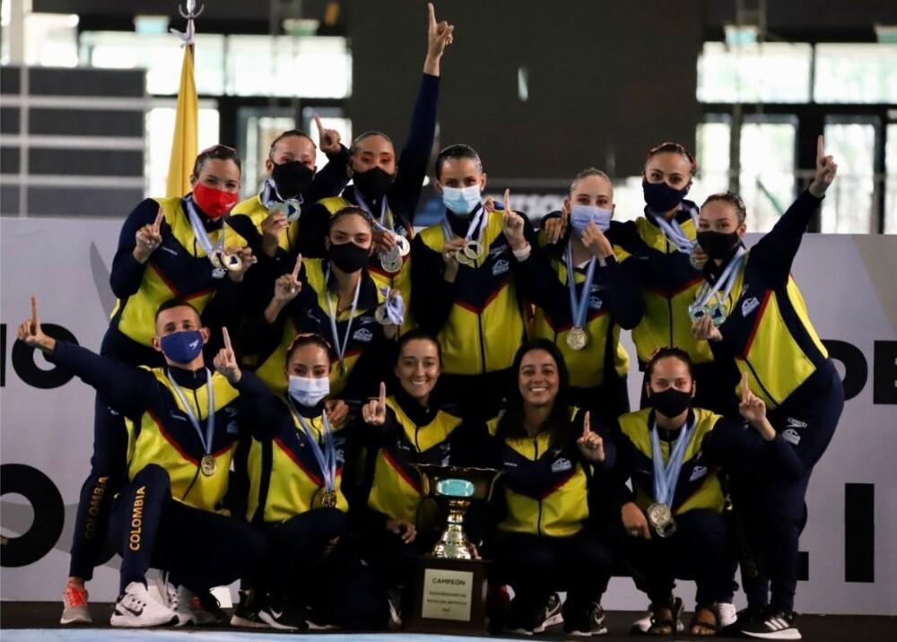Selección Colombia de deportes acuáticos Foto Twitter FECNA.jpg