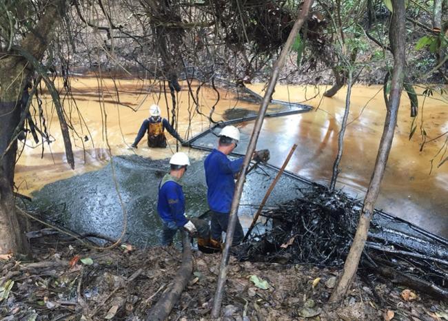 303576_BLU Radio. Derrame de petróleo // Foto referencia: Cortesía