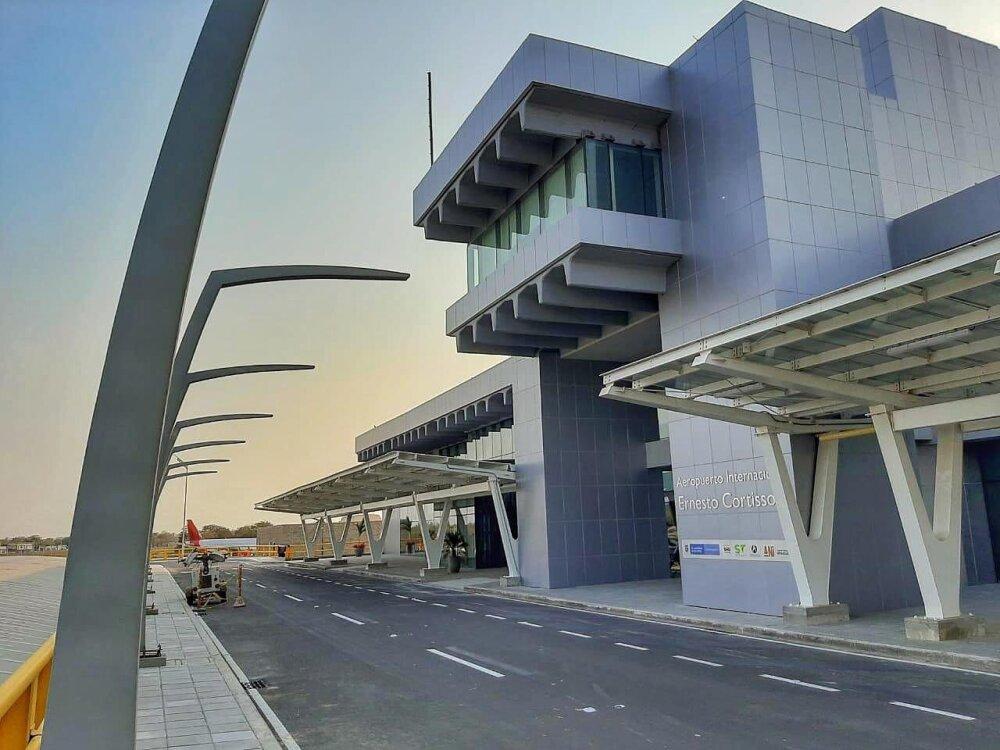 364702_BLU Radio. Nueva fachada del aeropuerto Ernesto Cortissoz. Foto Twitter @Aeropuertobaq_.jpeg