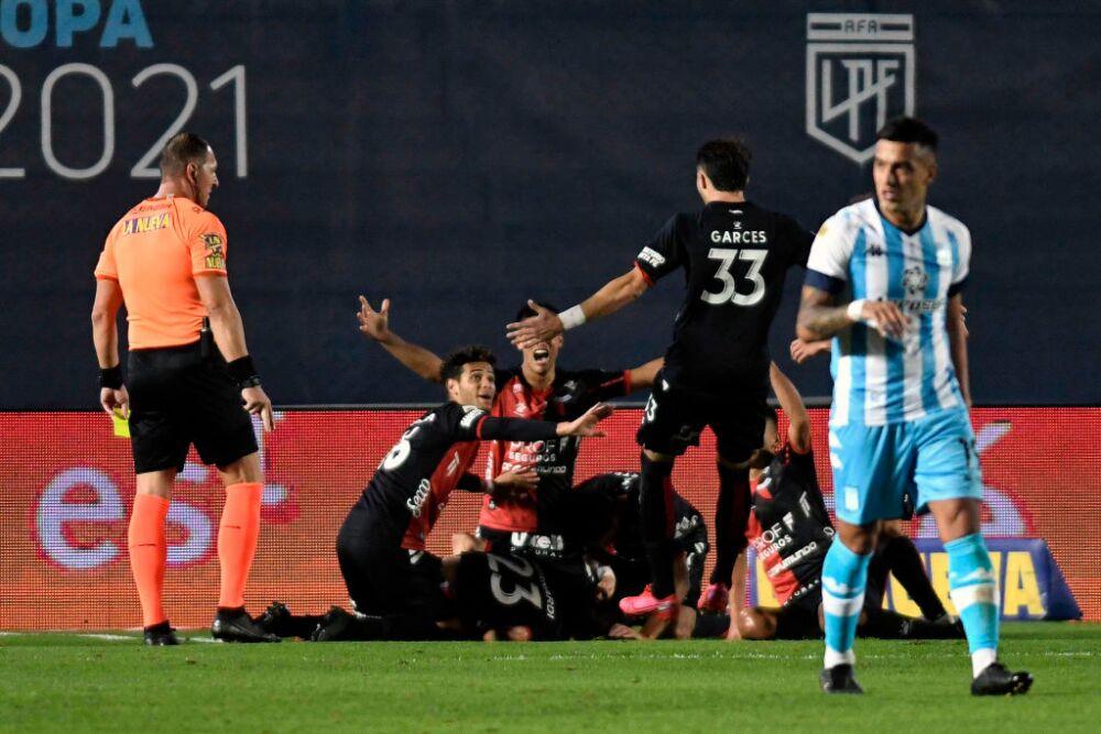 Racing Club v Colon - Copa de la Liga Profesional 2021: Final