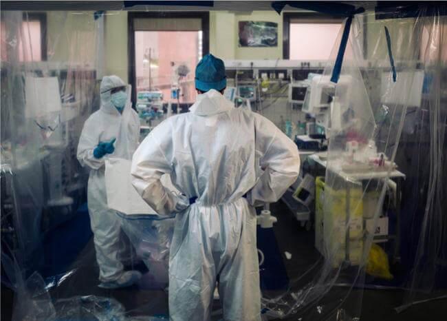 360455_Médicos en época de coronavirus - Foto referencia AFP