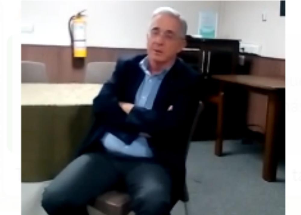 320545_Blu Radio // Álvaro Uribe // Foto: Captura video