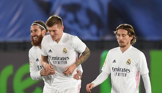 Toni-Kroos-y-Sergio-Ramos.jpg