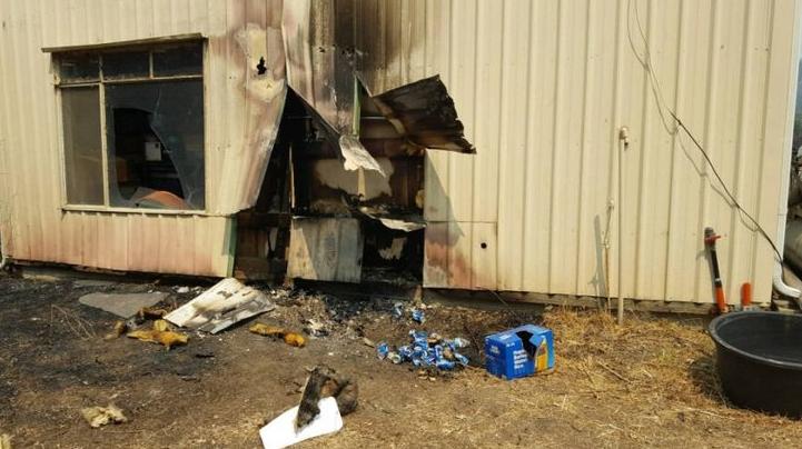 Cervezas enlatadas que evitaron que una casa se incendiara