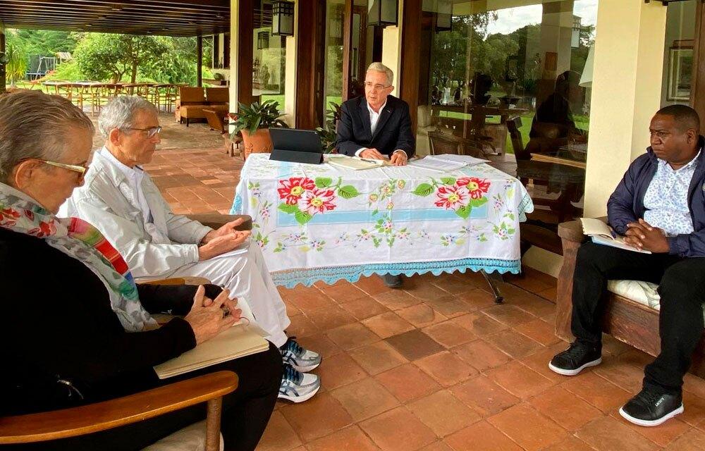 Uribe ante la Comisión de la Verdad