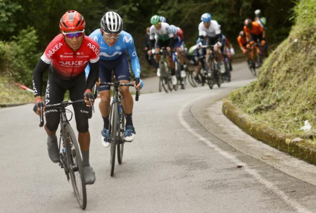 Nairo Quintana atacó a ocho kilómetros de meta para ganar la etapa 1 de la Vuelta a Asturias. Cortesía: @photogomezsport
