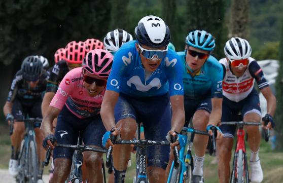 Marc Soler (Movistar) se retiró del Giro de Italia en la etapa 12.