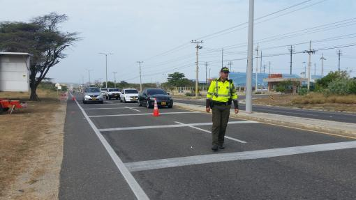 24107_400 agentes de la Policía Metropolitana vigilan la movilidad por tierra y aire