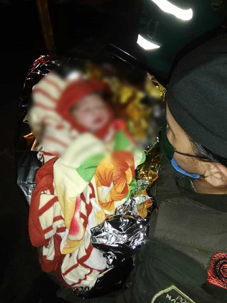 370539_Bebé que nació en plena vía pública en Medellin. Foto: Cortesía