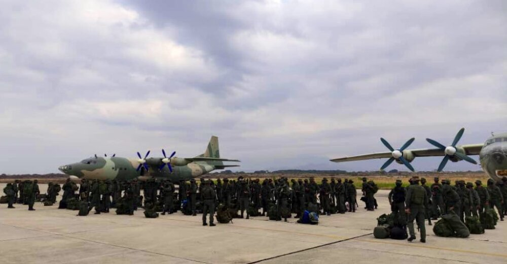 Tropa armada venezolana en el estado Apure.jpg