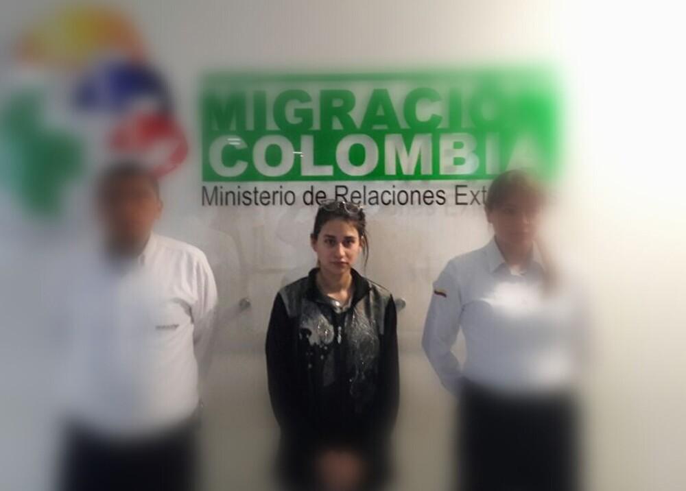 302228_Blu Radio. Ana Paula Echeverría / Foto: Migración Colombia