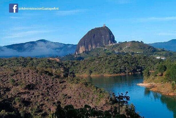 piedra-de-el-penol-en-guatape-colombia.jpg