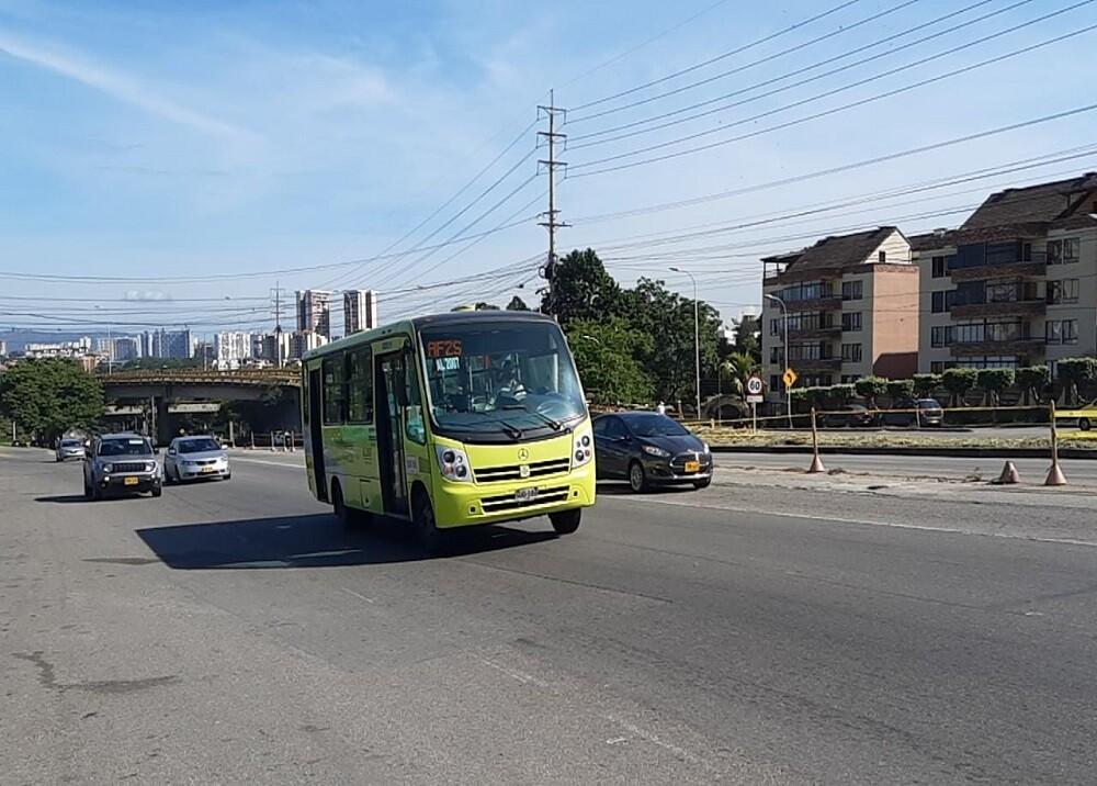 376234_BLU Radio. Bus Metrolínea / Foto:Suministrada