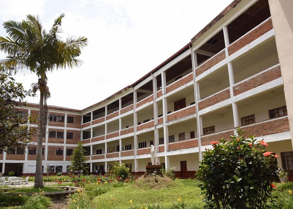 seminario para construir cárcel en Yarumal.jpg