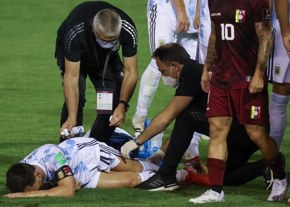 Lionel Messi golpeado Foto AFP.jpg