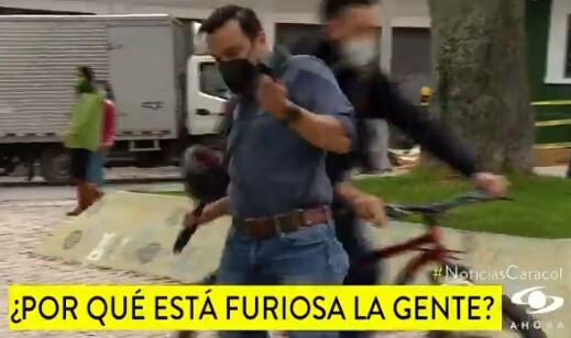 Juan Diego Alvira fue agredido por ciclista