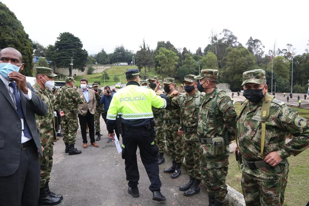Consejo de seguridad en Puente de Boyacá Foto MinDefensa.png
