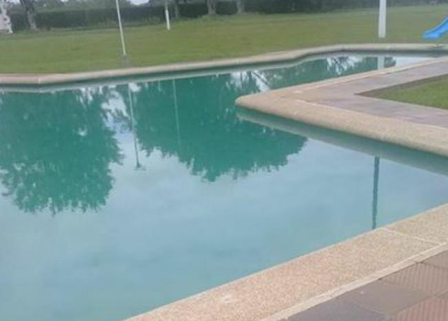 piscina_0_1.jpg