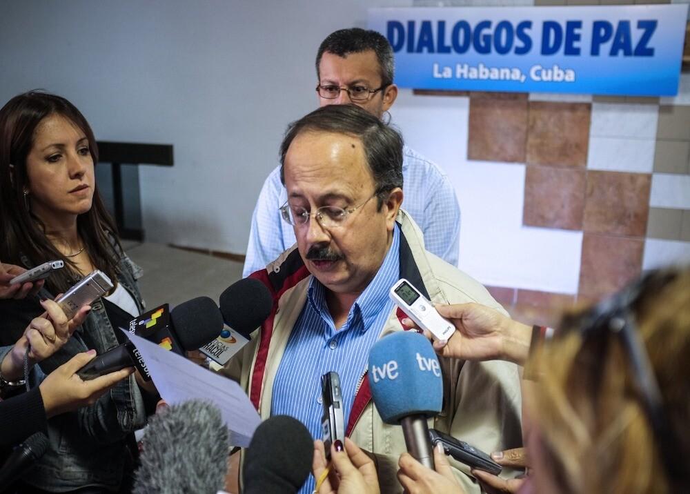 368768_Andrés París en los diálogos de paz - Foto AFP