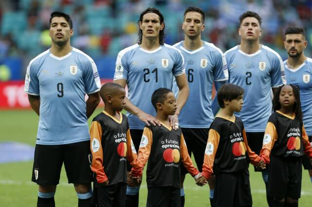 322532_Luis Suárez y Edinson Cavani con Uruguay