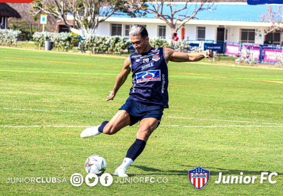 Teofilo Gutierrez Junior 130321 Twitter E.JPG