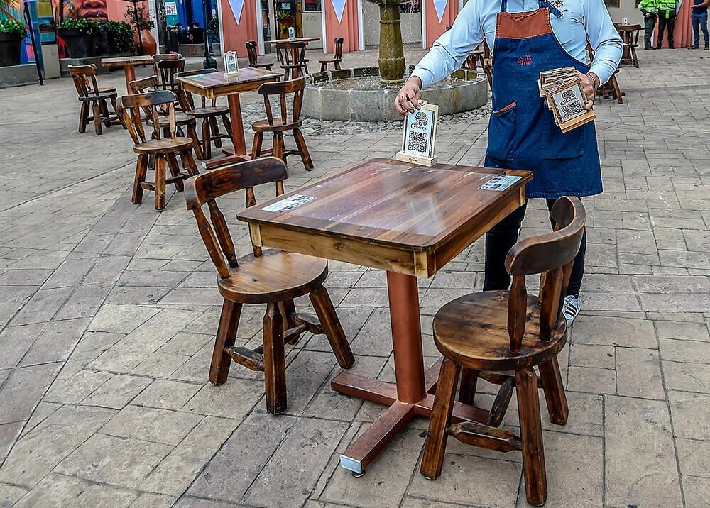 Reactivación de restaurantes // Foto: AFP