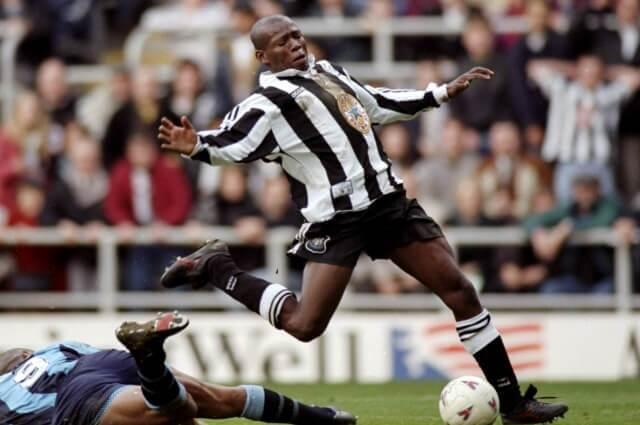 'Tino' Asprilla como jugador de Newcastle