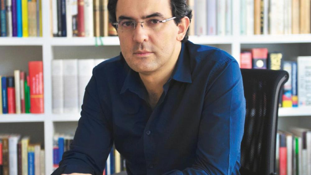 Juan Gabriel Vásquez.png
