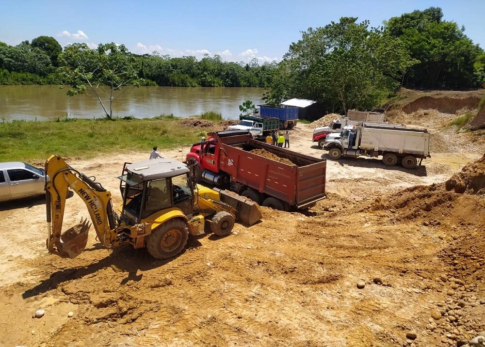 376883_BLU Radio. Intervención río Sogamoso / Foto: Policía Magdalena Medio