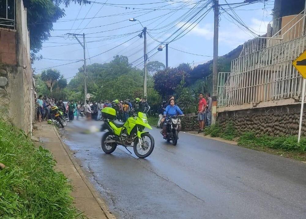 atentado contra policias en santander de quilichao cauca.jpg