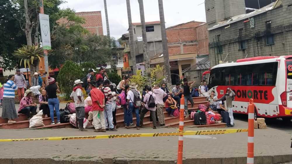 356076_BLU Radio// Desplazamiento de personas de Ituango. Foto: Cortesía