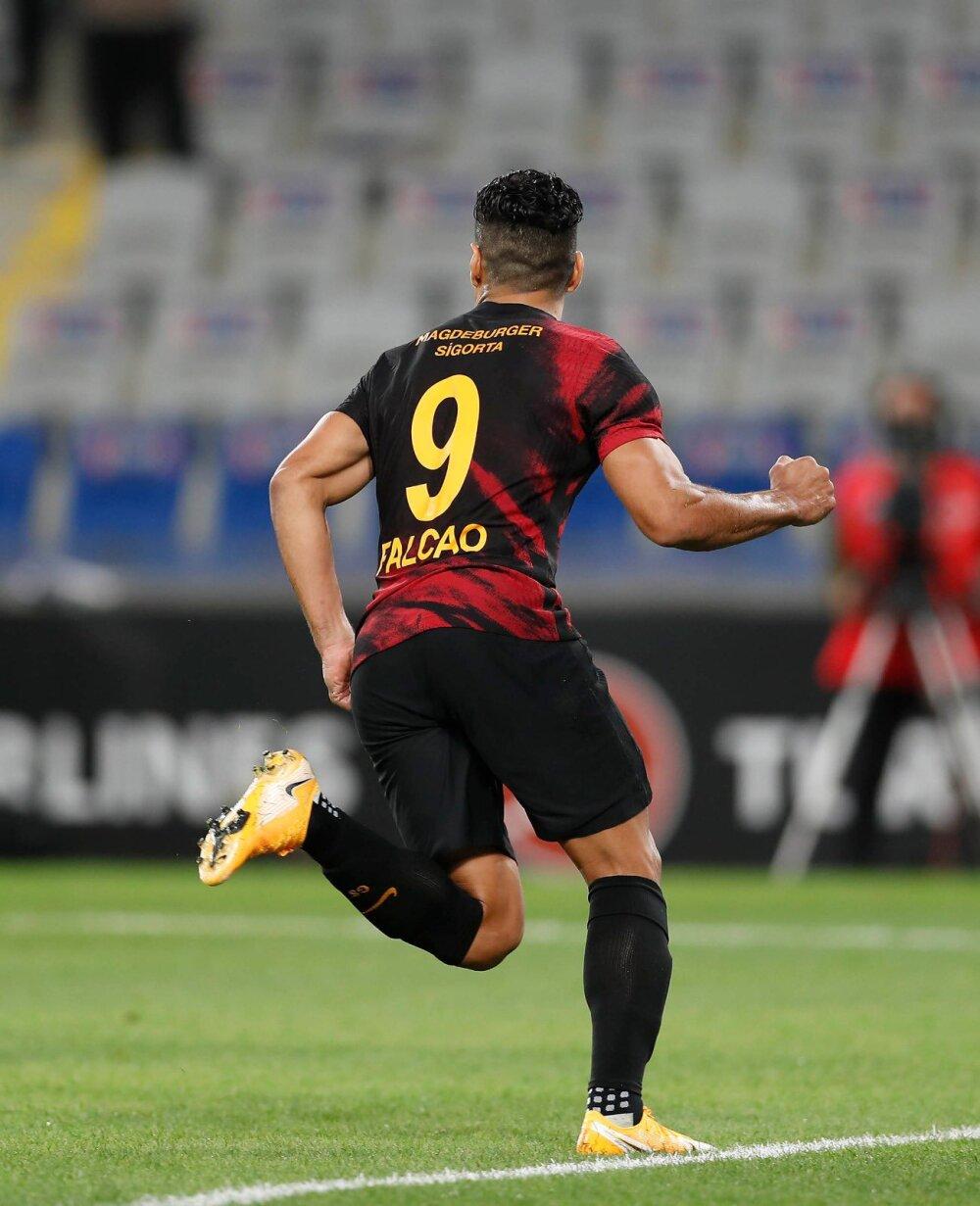 Falcao : Twitter @GalatasaraySK.jpeg