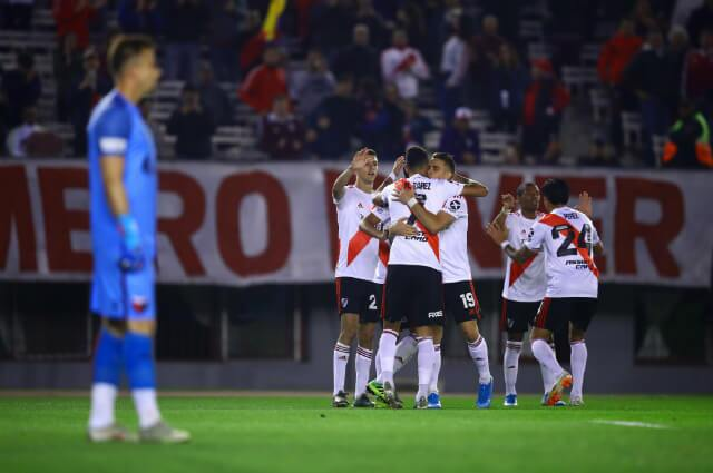 324249_River Plate