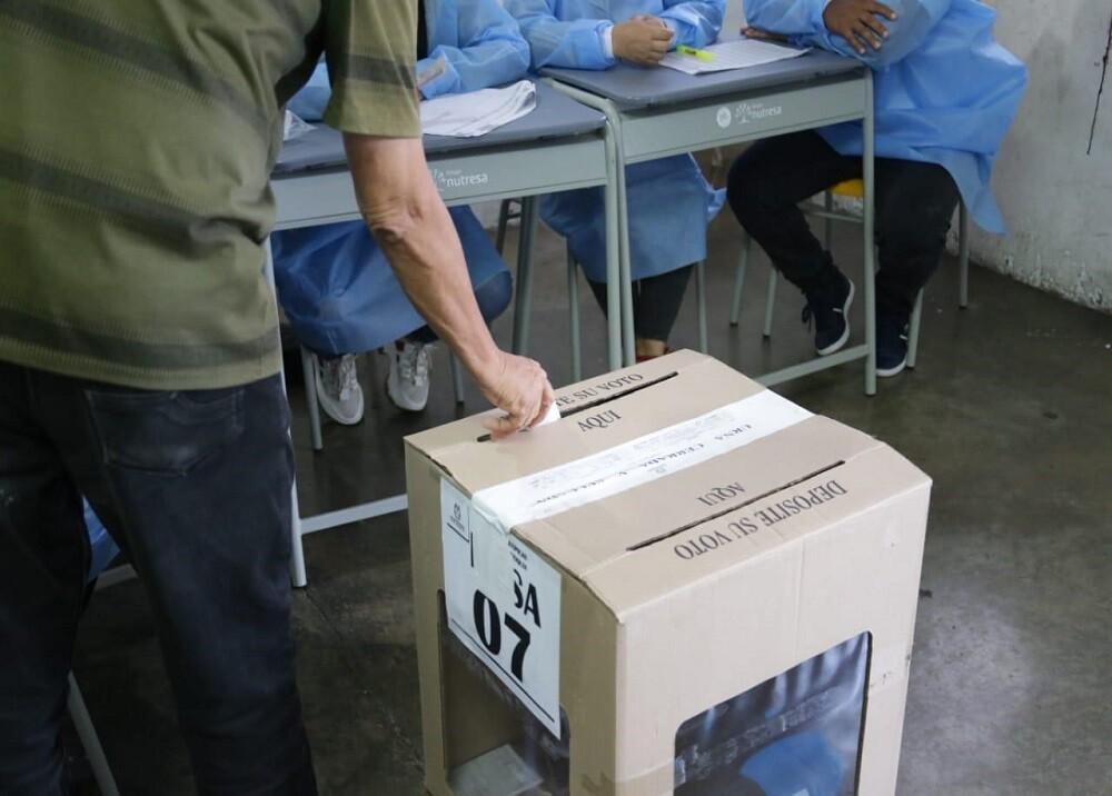 FOTO ELECCIONES BETULIA.jpg