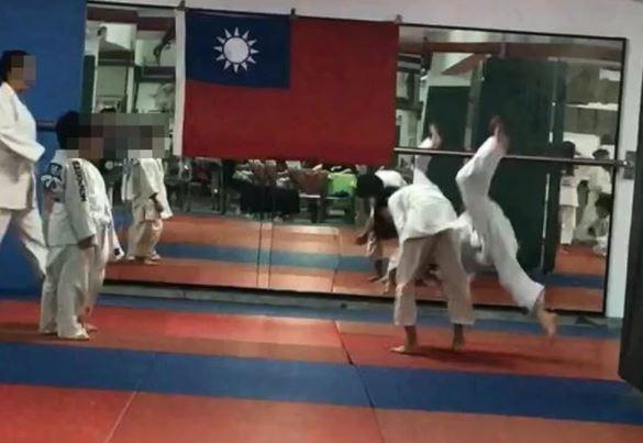 Niño murió tras clase de judo