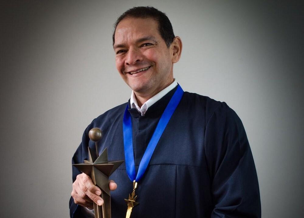 336005_Blu Radio. Carlos Enrique Arias. Foto: Premio Compartir