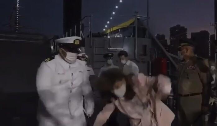 Caída de Marta Lucía Ramírez en evento con la Armada.jpeg