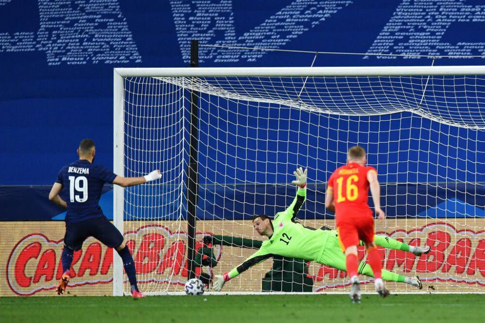 Karim Benzema erró una pena máxima frente a Gales
