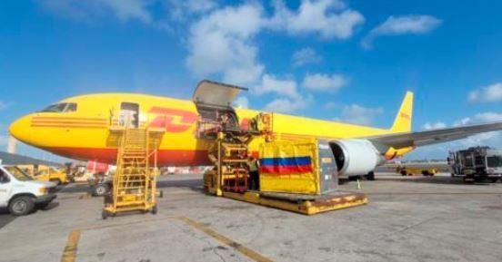 Avión con vacunas para Colombia. Foto suministrada.jpeg