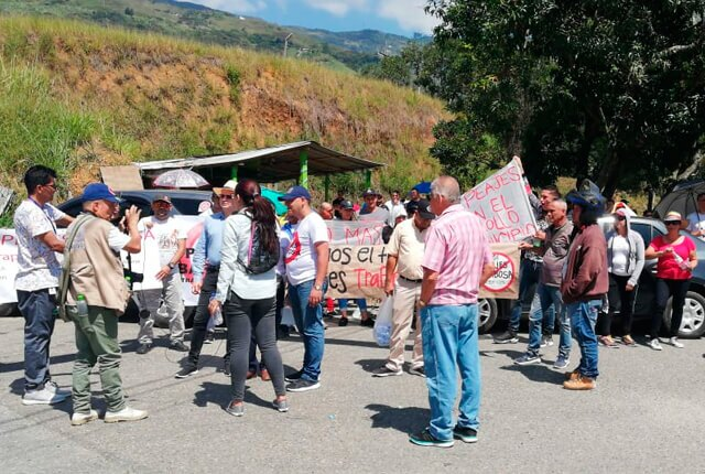 protestas-en-barbosa-antioquia.jpg