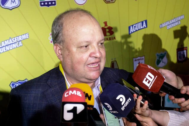 333895_Jorge Enrique Vélez