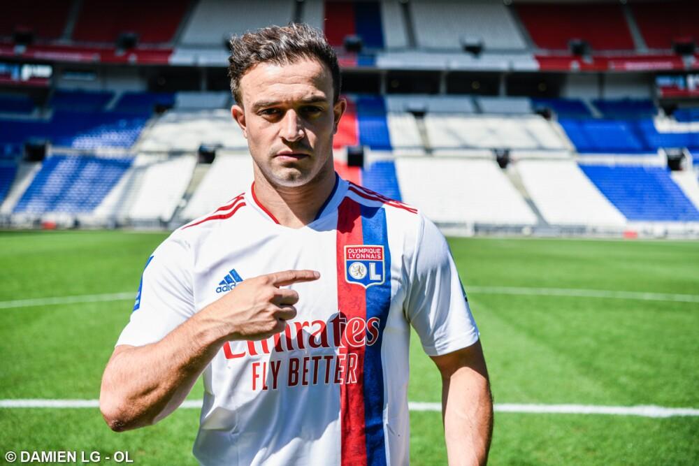Xherdan Shaqiri, nuevo jugador de Lyon. @OL.jpg